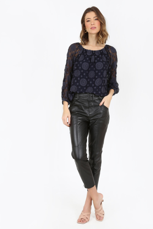 Blusa franzido bordada - V21