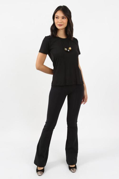 T-Shirt Detalhealhe Guipure - I21